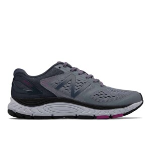 New balance women's 840v4 (cyclone with poisonberry, outside)