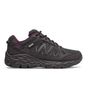 New Balance Women's Fresh Foam 1350 (Black with Silver, Outside)